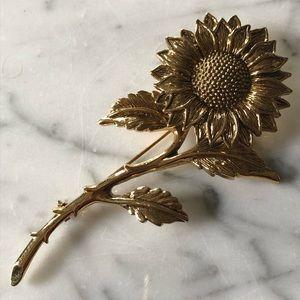 1928 Gold Tone Sunflower Brooch